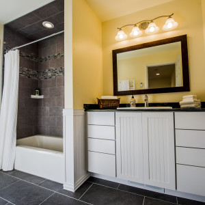 Brunswick Bathroom Remodeling Contractor