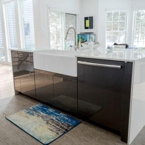 Modern Kitchen Island in Voorheesville, NY